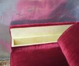 Neuanfertigung Sofa mit Stauraum in der Armlehne